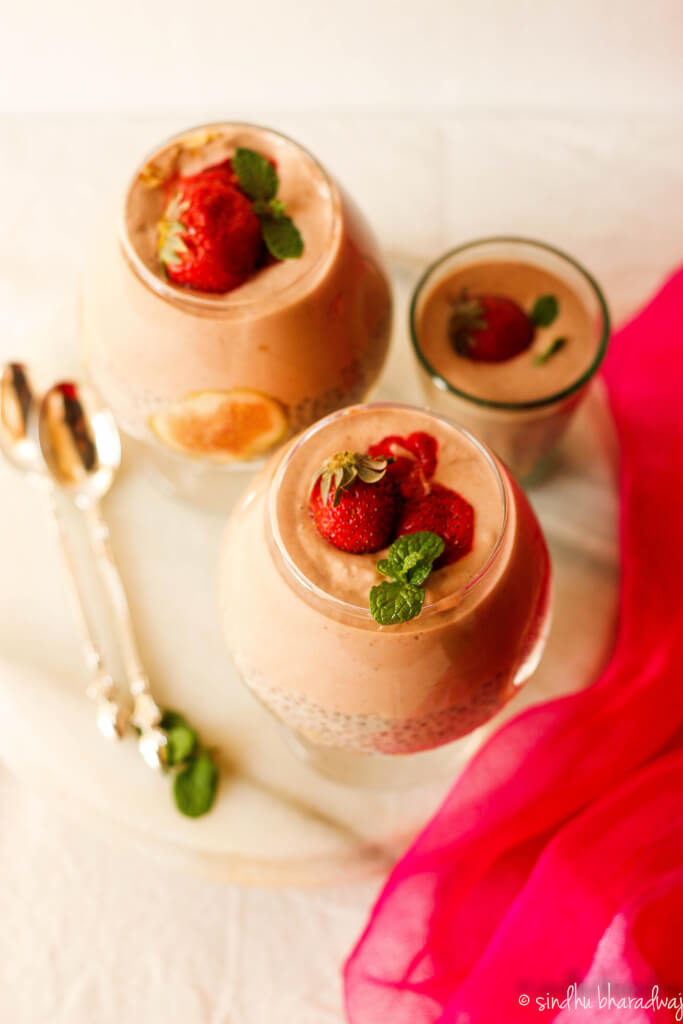 Strawberry Fig and Coconut Smoothie Pudding WIth Chia Seeds - slurpy platter-1